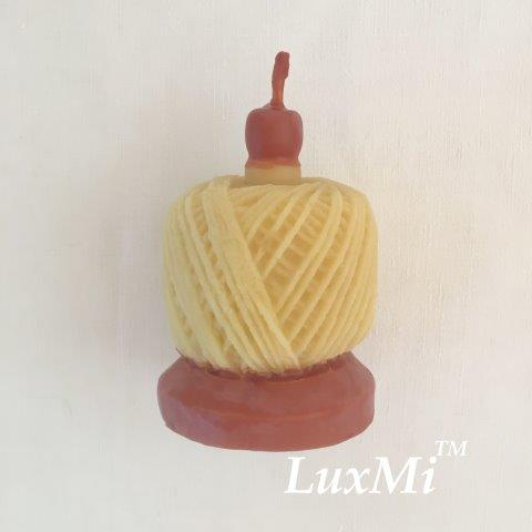 Image for <B>Spin a Yarn - pure beeswax candle </B><I> </I>