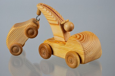 Image for <B>Debresk Small Tow Truck with Mini Car </B><I> </I>